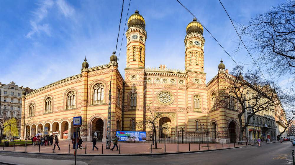 VII.ker. Vigalmi Negyed, Zsinagòga,Wesselényi U. 300m2,Kirakatos Üzlet Eladò