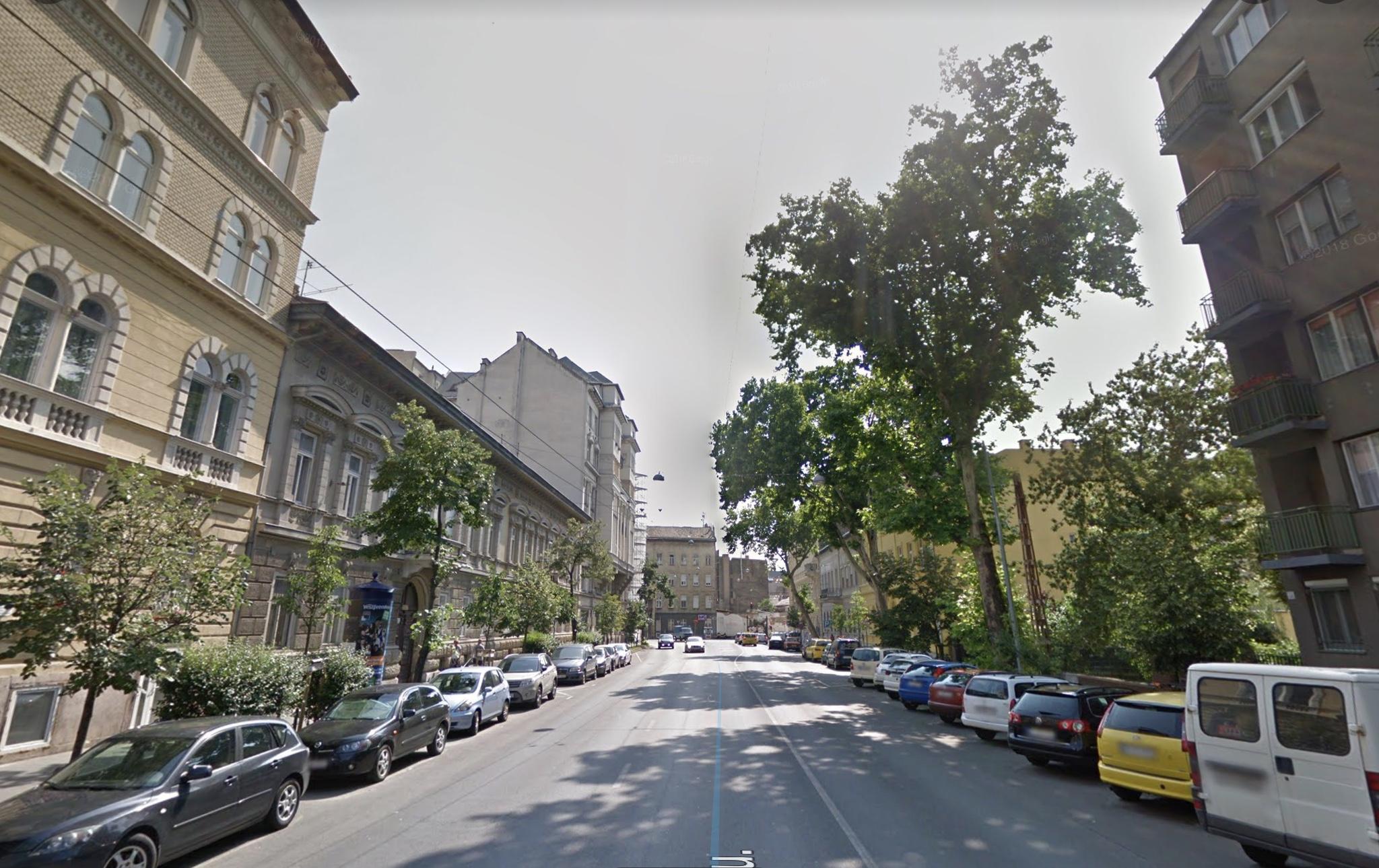 VII.ker, Damjanich utcánál,1.525m2, önálló sarki épület eladò