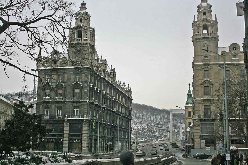 V,Ker, Belváros Szívében, Ferenciek Terénél, 430m2,Utcai, Üzlet Kiadò