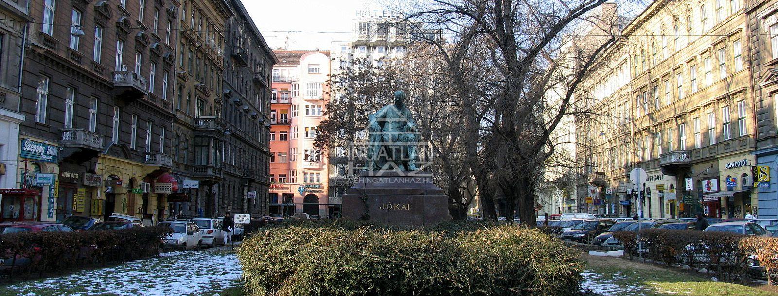 VI.ker. belváros szívében Jòkai térnél, Jòkai u. 1.200m2, Tetőtér Eladó