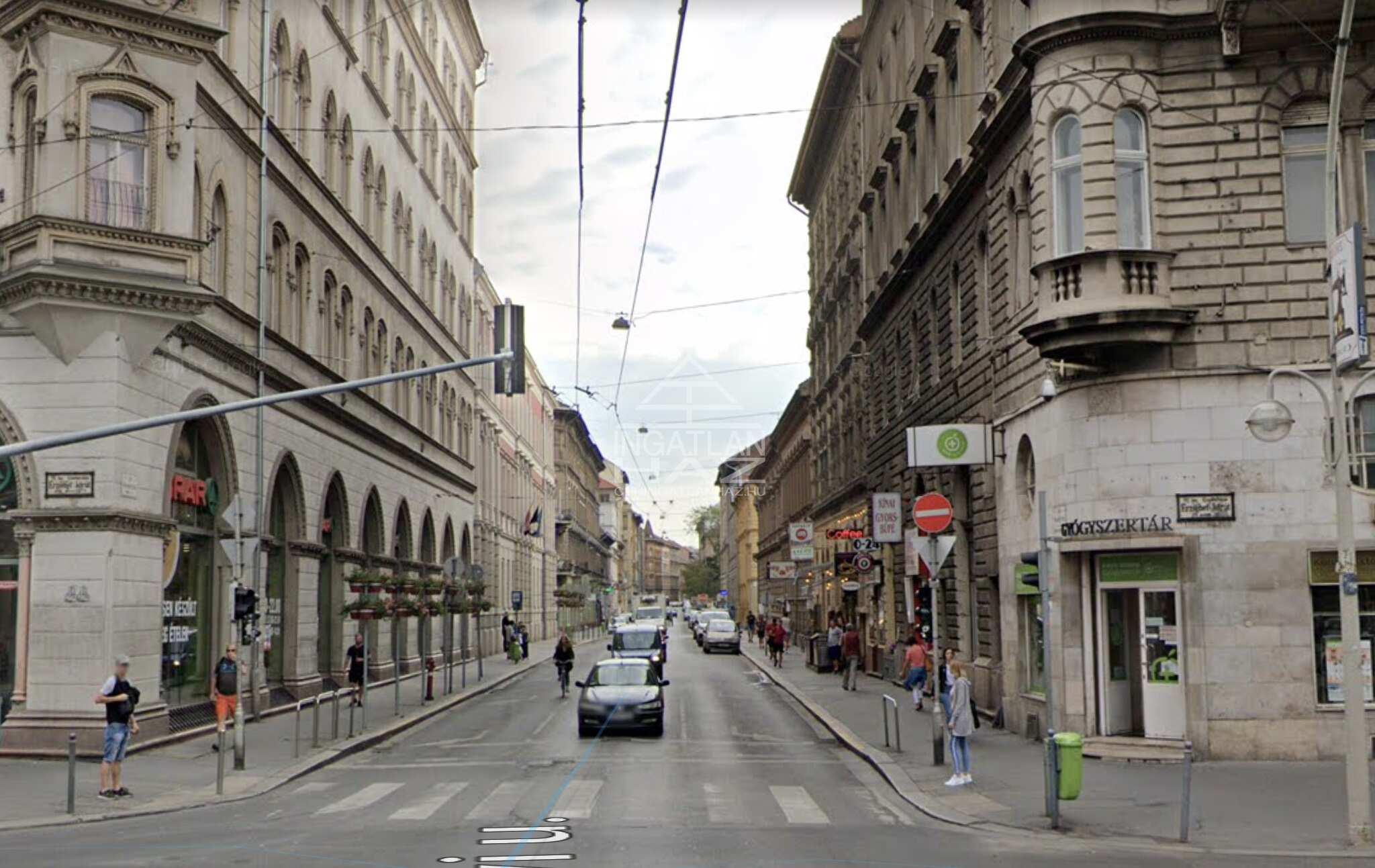 VII.kerület, Belváros, Wesselényi u. 15m2 ,, utcai, ,kirakatos, üzlethelyiség eladò