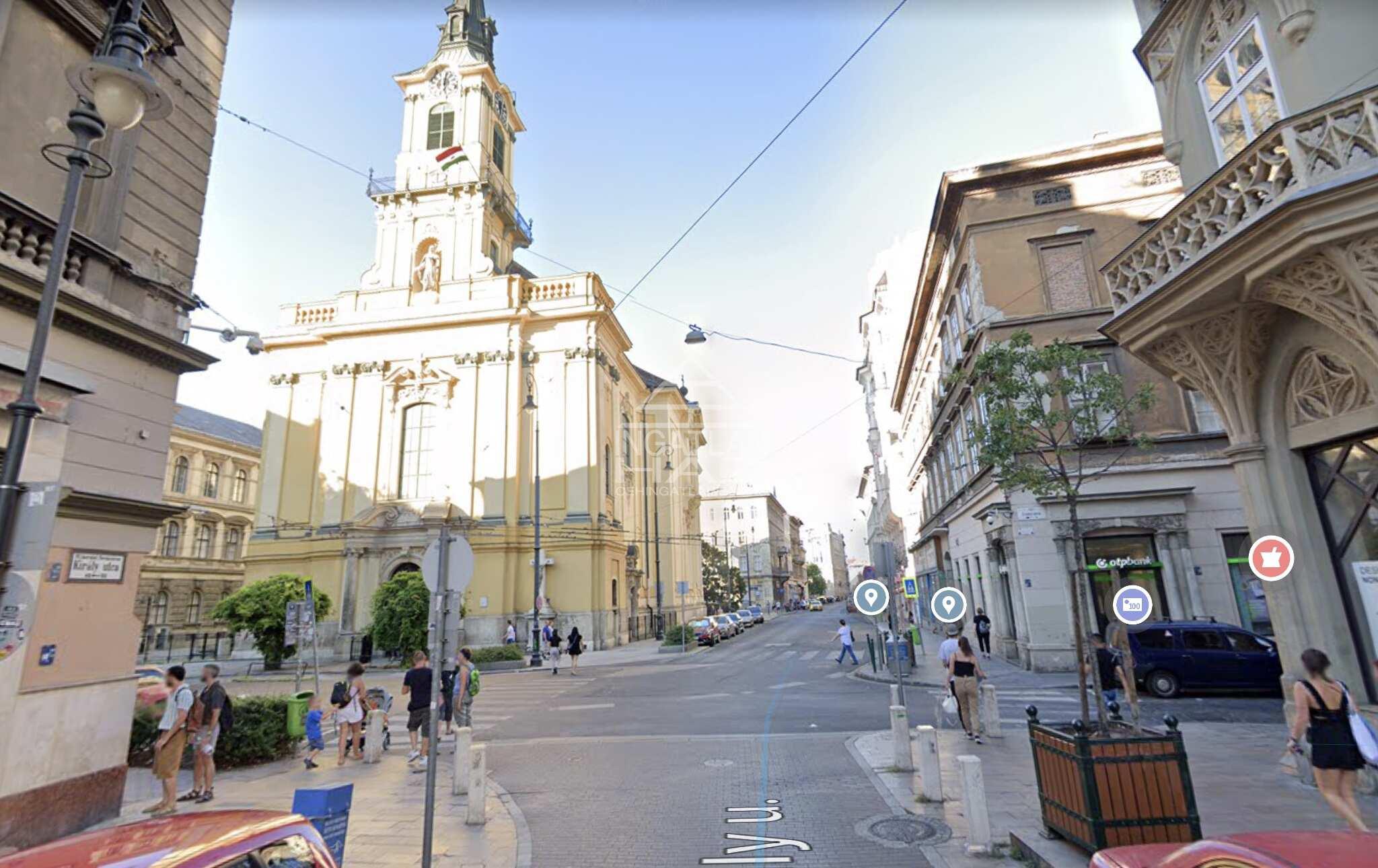 VII.ker, Belváros bulinegyed, Király u, 400 m2, utcai, melegkonyhás , üzlethelyiség kiadò