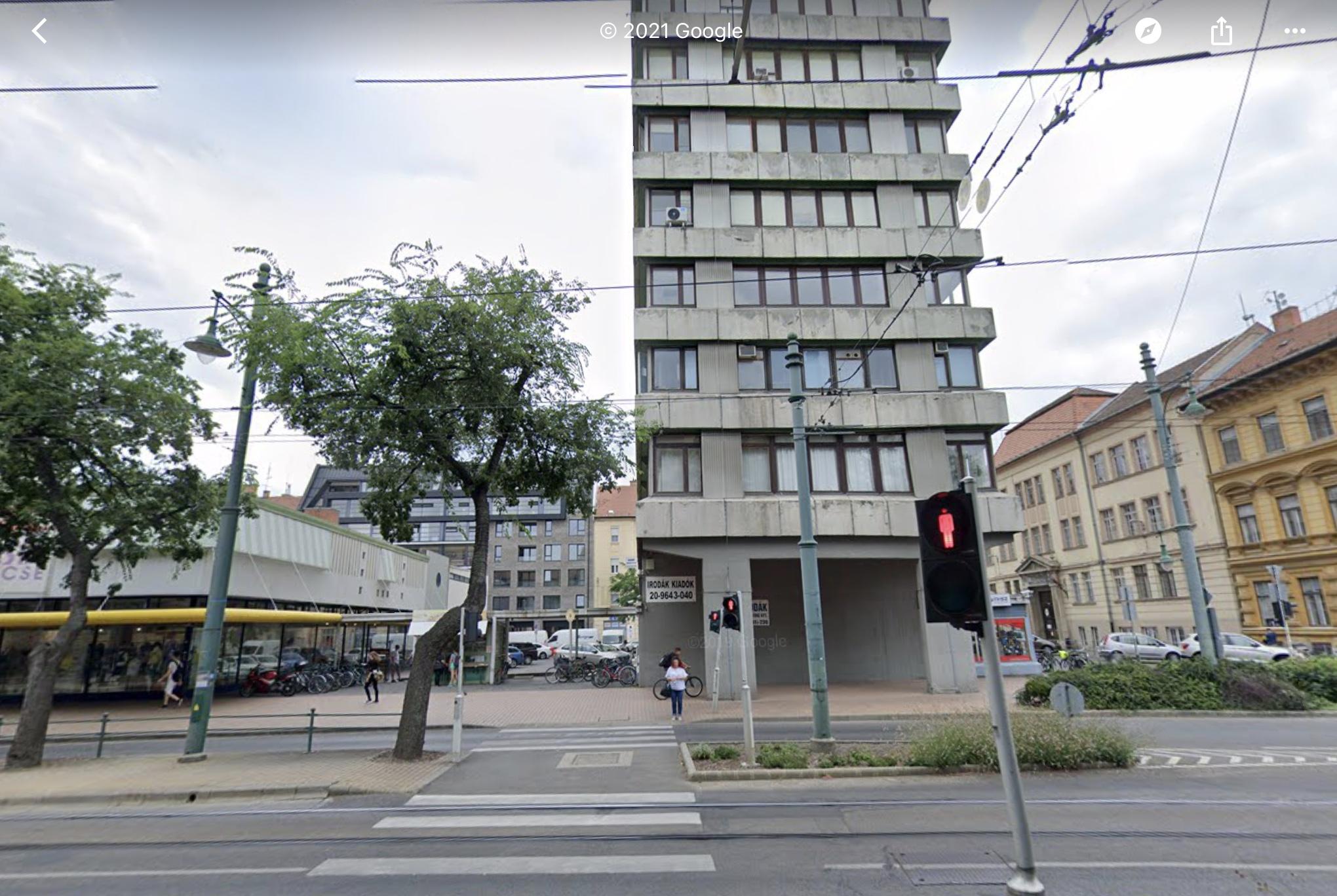 Szeged, Belváros Szívében, Tisza L. Krt-Nál,Mérey U. 30m2, Felújított, Klímás Iroda Kiadò