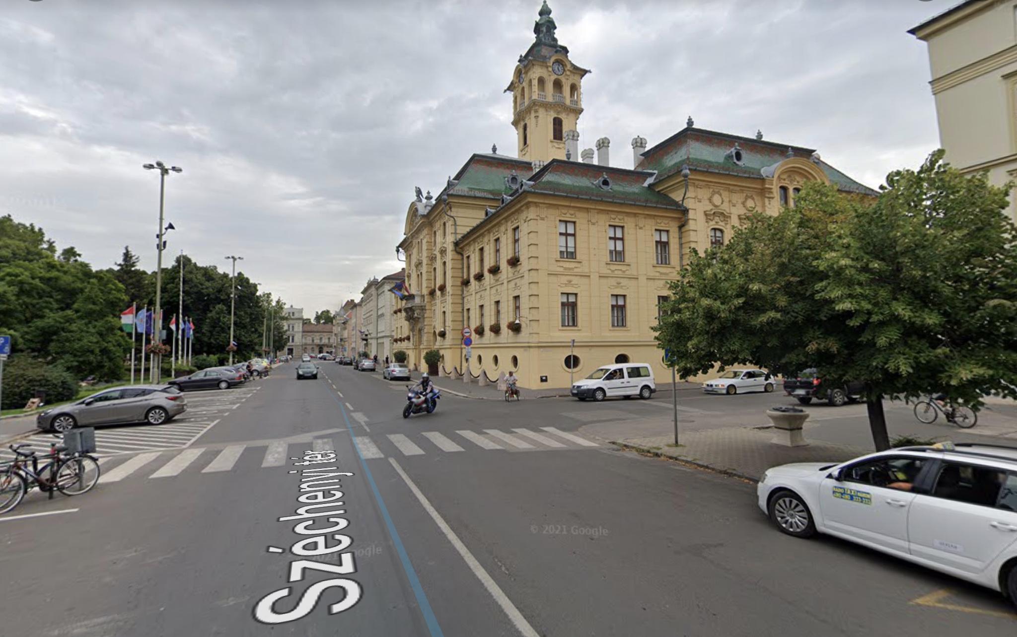 Szeged Belváros Szívében, Széchenyi térnél,Tisza L. Krt. 50m2, Önálló Épület Kiadó